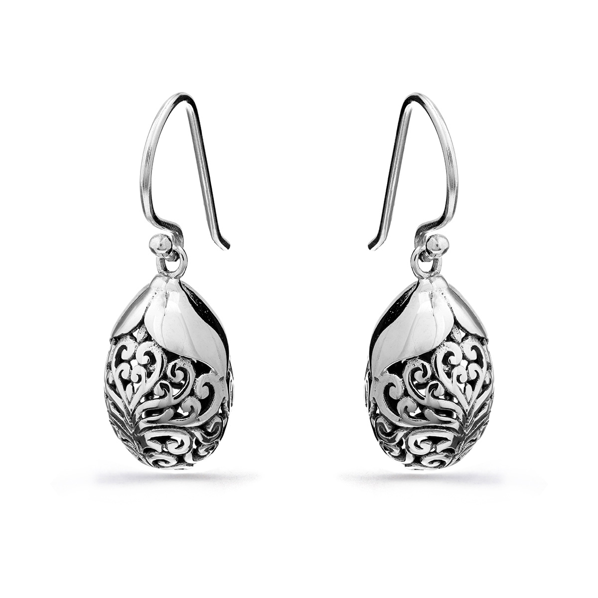 Kelinci Silver Earrings
